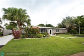 2825 NW 7th Ave, Wilton Manors, FL 33311