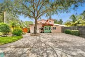 829 SW 9th Ter, Fort Lauderdale, FL 33315