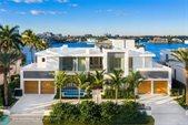 2412 Laguna Dr, Fort Lauderdale, FL 33316