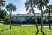 1901 Halifax Avenue, Daytona Beach, FL 32118