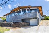 1122 Alewa Drive, Honolulu, HI 96817