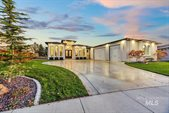 2501 E Mores Trail Dr, Meridian, ID 83642