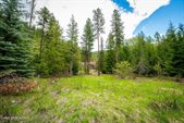 2550 Upper Pack River Rd, Sandpoint, ID 83864