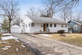 209 Howard Avenue, Ames, IA 50014