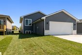 124 Wilder Lane, Ames, IA 50014