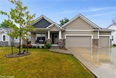 414 Sunflower Drive, Ames, IA 50014