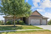 1545 Poplar Ln, North Liberty, IA 52317