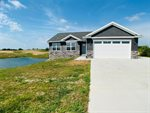 2759 Coyote Ct Drive, Williamsburg, IA 52361