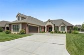 10224 E Crestwood St, Wichita, KS 67206