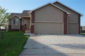 5534 S Meadowview Ct, Wichita, KS 67216