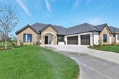 10904 E Steeplechase Ct, Wichita, KS 67206