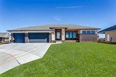 3224 Pine Grove Cir, Wichita, KS 67205
