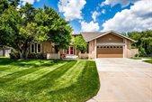 1349 N Cardington Ct, Wichita, KS 67212