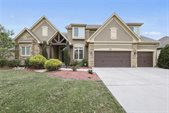 1637 NE Woodland Shores Drive, Lee's Summit, MO 64086