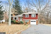 411 Eggerts Crossing Road, Ewing, NJ 08638