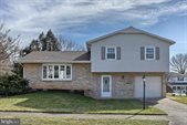 316 Belaire Drive, Camp Hill, PA 17011