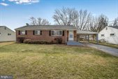 13 Bellmore Road, Camp Hill, PA 17011