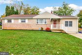 3 Dulles Drive West, Camp Hill, PA 17011