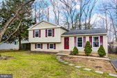 15 Edgecliff Lane, Stafford, VA 22554