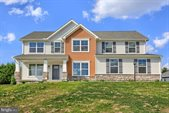 15 Windswept Way, Camp Hill, PA 17011