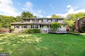 61 Willis Drive, Ewing, NJ 08628