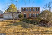 2 Woodsend Place, Rockville, MD 20854