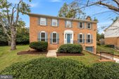 4 Letchworth Circle, Rockville, MD 20850