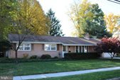 926 West Foxcroft Drive, Camp Hill, PA 17011