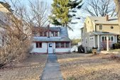 54 Neponset Heights Ave, Foxboro, MA 02035