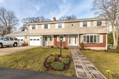 19 Sherwood Dr, Norwood, MA 02062