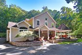 430 Fox Chase Rd, Chester Township, NJ 07930