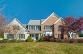 4 Tiger Brook Ln, Chester Township, NJ 07930