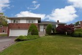 42 Eastfield Lane, Melville, NY 11747