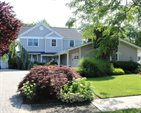 17 Cutter Place, West Babylon, NY 11704