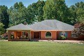 2307 Brandt Trace Farm Road, Greensboro, NC 27455