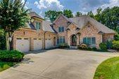 5803 lincoln oaks Court, Greensboro, NC 27407