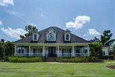 1427 Pembroke Jones Drive, Wilmington, NC 28405