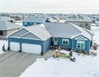 5084 Woodhaven Drive South, Fargo, ND 58104