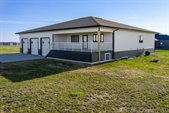 6161 16th Ave Sw, Minot, ND 58701
