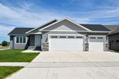 3990 Diamond Drive, Grand Forks, ND 58201