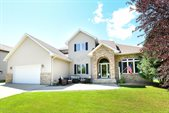 1348 South 40th St, Grand Forks, ND 58201