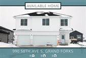 990 58TH Avenue South, Grand Forks, ND 58201
