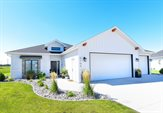 6164 Camellia Circle, Grand Forks, ND 58201