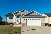 4274 Crystal Drive, Grand Forks, ND 58201