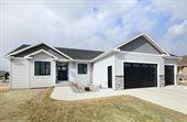 298 Emerald Lane, Grand Forks, ND 58201
