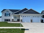 4122 Crystal Drive, Grand Forks, ND 58201