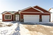 3099 44TH Avenue South, Grand Forks, ND 58201
