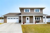 5543 Madison Circle, Grand Forks, ND 58201