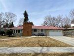 1820 Cottonwood Street, Grand Forks, ND 58201