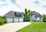 738 Vineyard Circle, Grand Forks, ND 58201
